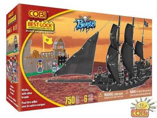 02320666 - Boat plus castle